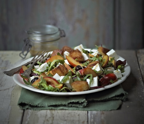 Yorkshire Fettle, Rocket & Nectarine Salad